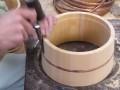桶製造 タガ入れ